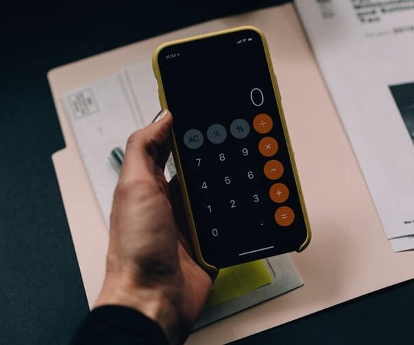 Six Best Budget Template Apps to Save and Control your Money
