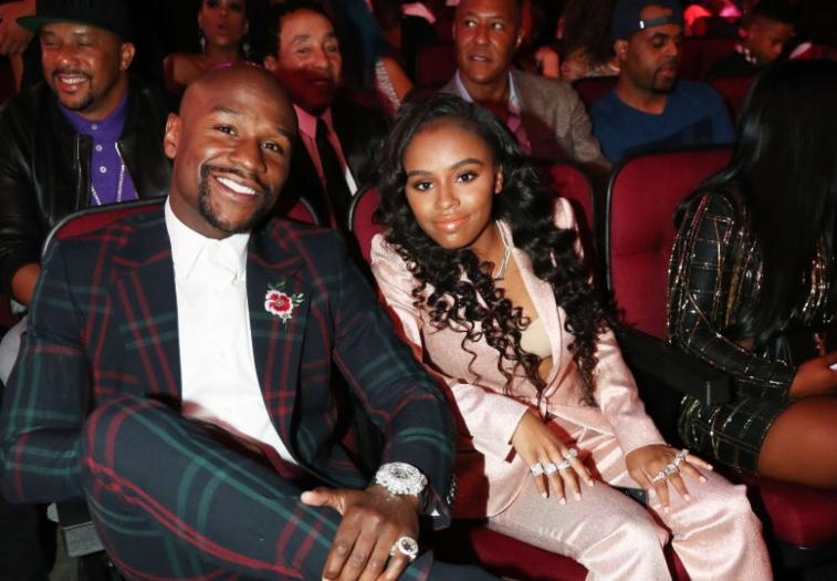Yaya mayweather with her father